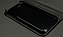 iPhone本体は強化樹脂製のパーツでしっかりと固定。外装のレザーのクッション性も相まって、耐衝撃性は十分です。
