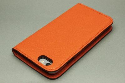 オレンジグレー背景カメラ側